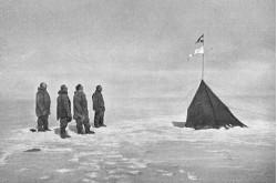 Команда Амундсена наЮжном полюсе